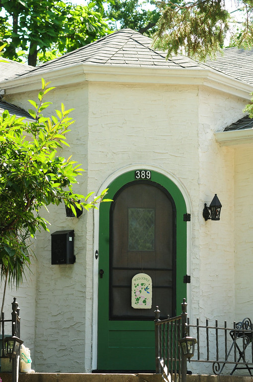 ". This hexagonal doorway of the ""Forsythe House, owned by Carol  Mladek, will be part of a tour of the historic \""Pill Hill\"" section of South St. Paul."