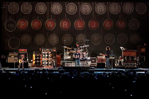 Pearl Jam in Newark 5-18-2010