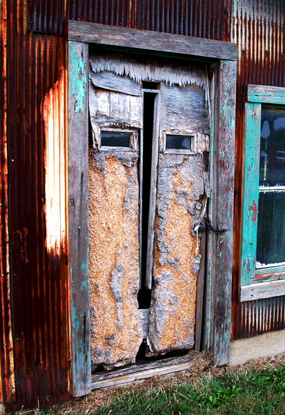old-door-in-Illinois.jpg