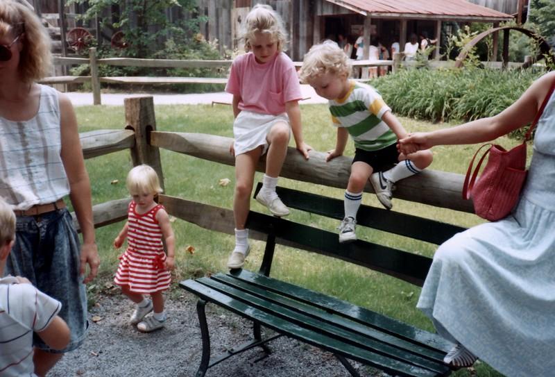 1989_Summer_Storybook_Forest_and_Orange_Streaks_0021_a.jpg