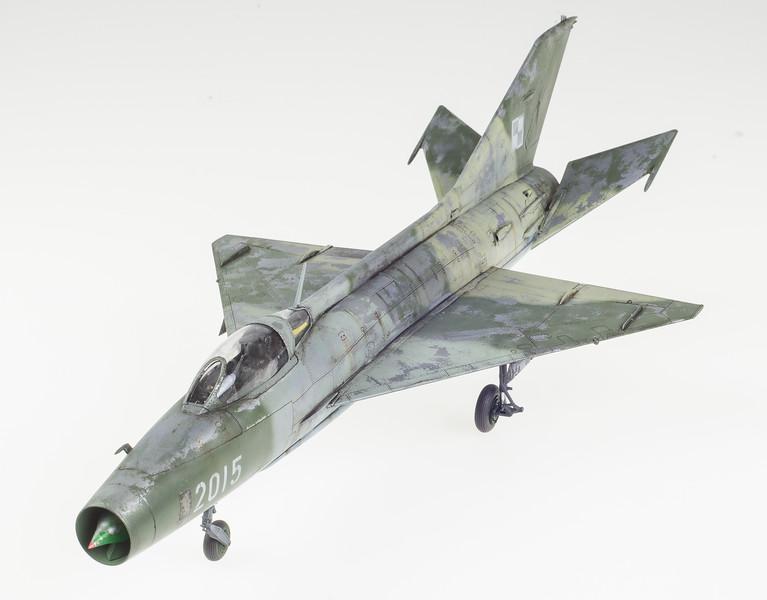 Trumpeter MiG-21F-13 04-24-14-5.jpg