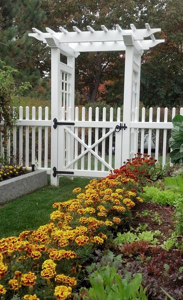 470732 - 961 - Kennebunkport ME - Garden Arbor.jpg
