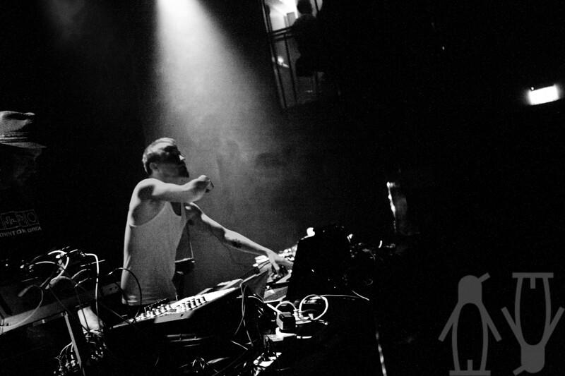 2010-07-24-DJ'er_på_sommerkvarteret-Adrian_Nielsen-08.jpg