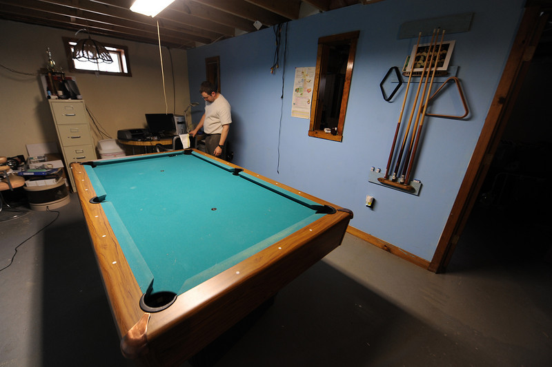 Peter keeps his office in the basement. I don't think I'd ever seen the pool table clear like this before.