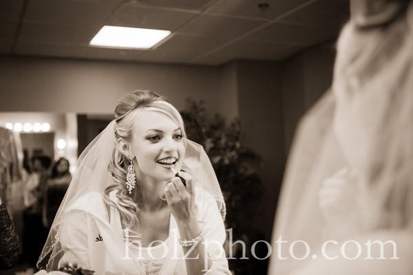 Courtney & Justin Creative Wedding Photos