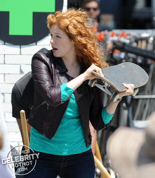 EXCLUSIVE: Rachelle Lefevre Starring As A Mom / P.I In Applebaum, LA