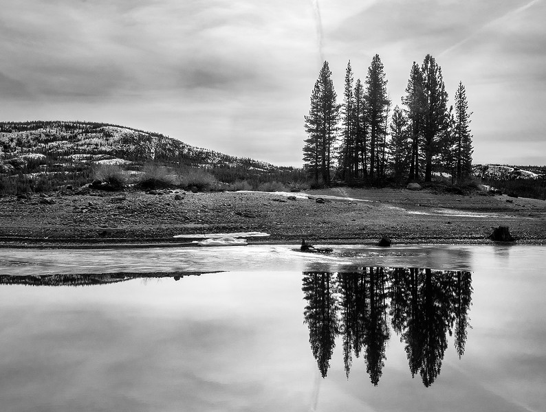 silver lake bw.jpg