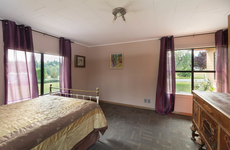 back bedroom 3 copy.jpg