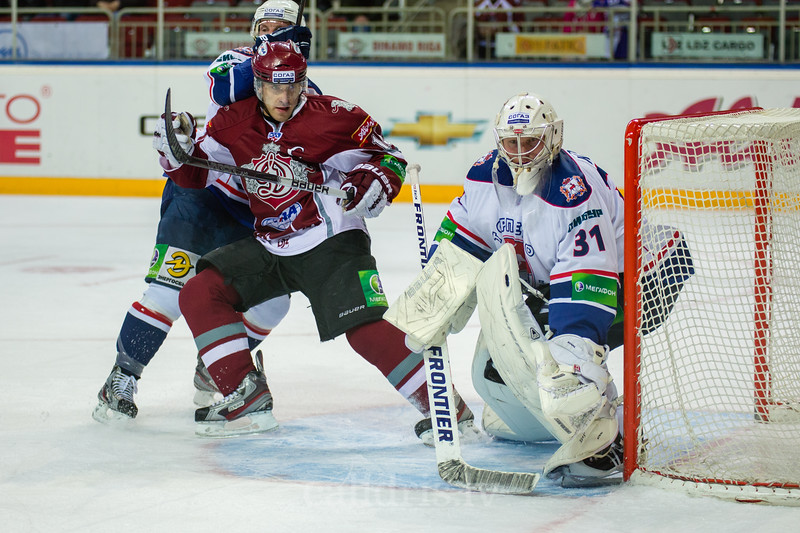 Martins Karsums (15) of Dinamo Riga plays in front of the goal of Torpedo Nizhny Novgorod