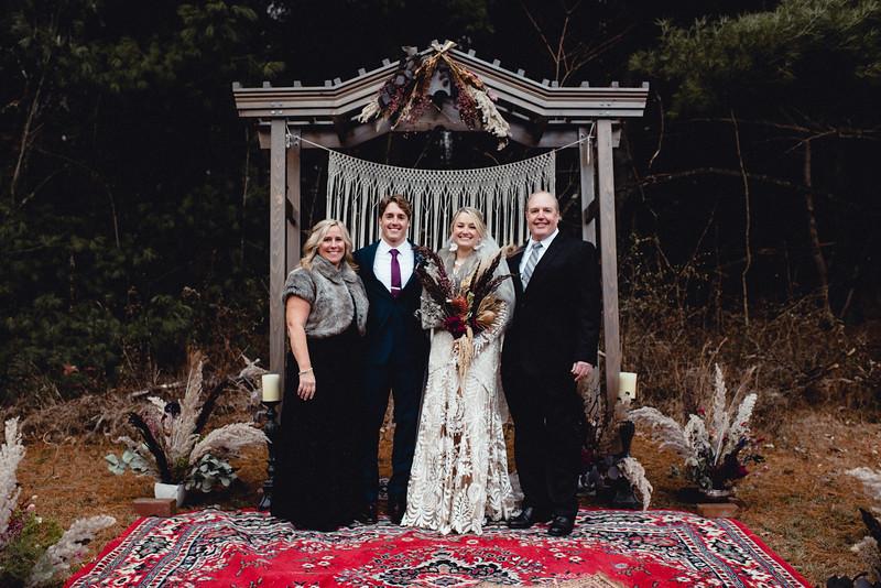 Requiem Images - Luxury Boho Winter Mountain Intimate Wedding - Seven Springs - Laurel Highlands - Blake Holly -1144.jpg
