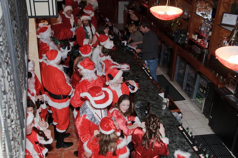 2009 ALS Santa Crawl-42.jpg