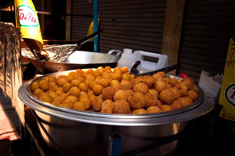 mmm-doughnuts_3028237309_o.jpg