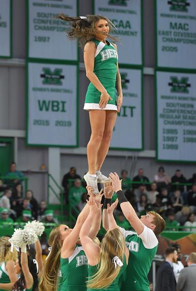 cheerleaders4680.jpg