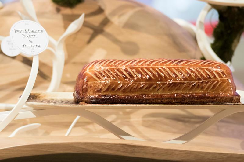 """""""La truite et cabillaud en croute de feuilletage et sa quenelle de saint-jaques avec sauce au vin blanc"""" de L'équipe France, qui à remporté le Trophée Argent"""