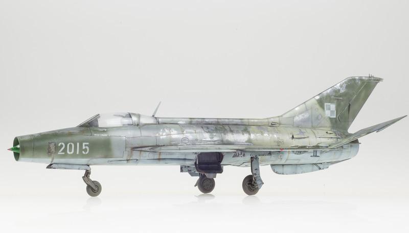 Trumpeter MiG-21F-13 FINAL 05-01-14-8.jpg