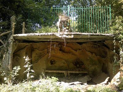 Grotte artificielle (09/2014)