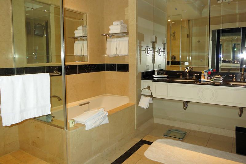 Palazzo bathroom.jpg