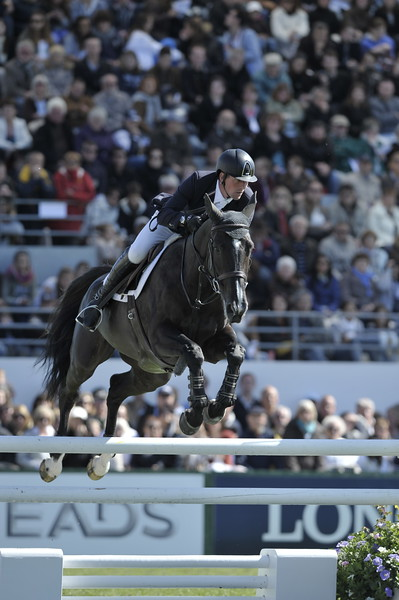 JUMPING : Guy WILLIAMS sur Belinka van het Overlede Goed derby de la baule 2012 -  CSIO DE LA BAULE 2012 - PHOTO : © CHRISTOPHE BRICOT
