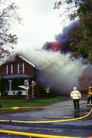 Mansfield, Spring St - 11-95