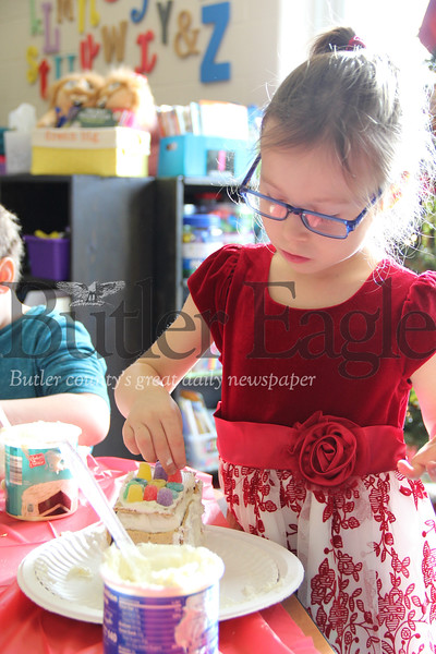 Kindergartners spent their Friday at South Butler Primary School building gingerbread houses and sneaking some icing and candy treats when their teachers weren't looking on December 14, 2018.Photos: Lauryn Halahurich/Butler Eagle