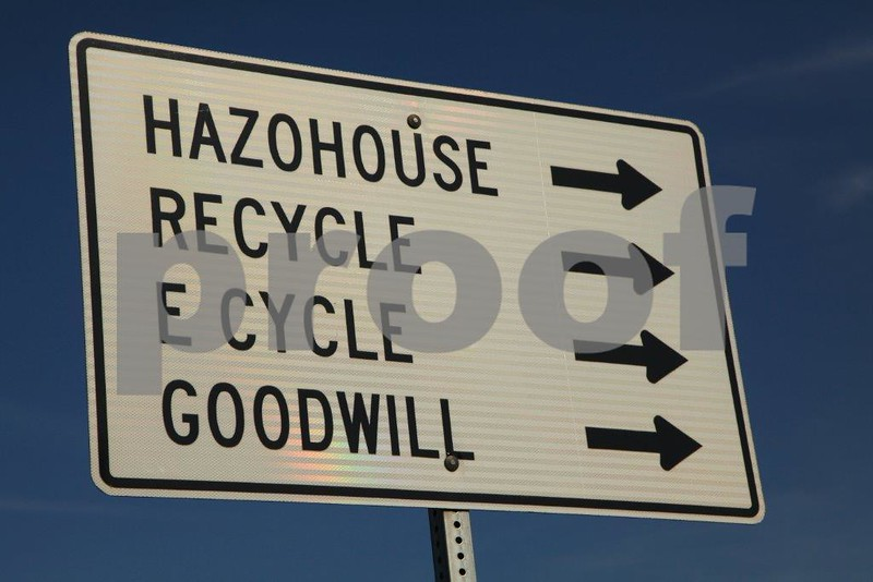 Landfill sign 4579.jpg