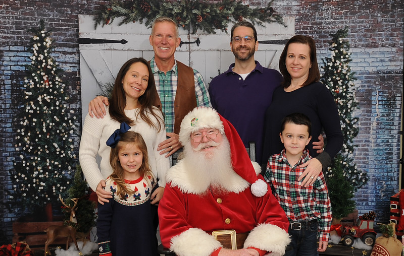 Stonebriar Country Club Santa Photos-12/8/19