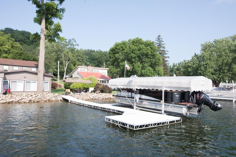 Boat1008.jpg