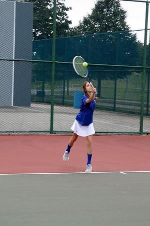 Girls Varsity Tennis B –2018