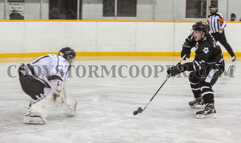 Huskies vs. Knights - Photo 39 Cody Storm Cooper Photography 2014. All rights reserved.