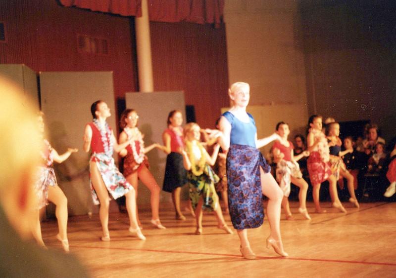 Dance_0320_a.jpg