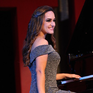 Contestant #11 - Alexandra