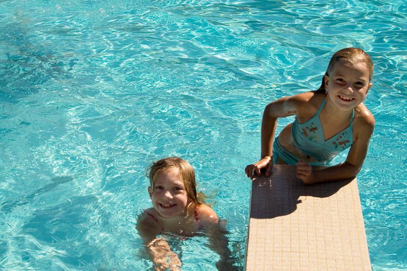 BBR-Rec-Pool-Girls-KateThomasKeown_MG_1396.jpg