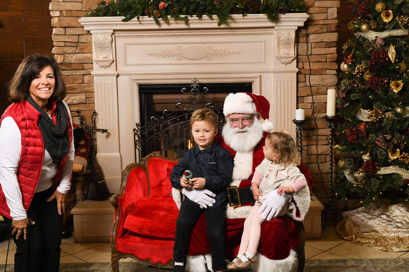 Santa2018.TylerBoye.-94.jpg