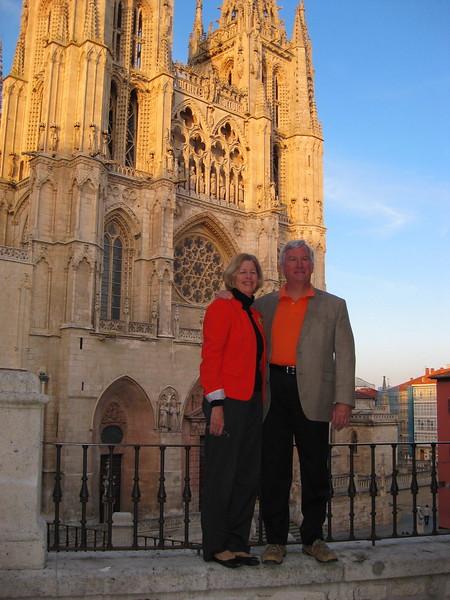 Bill and Carolyn Highberger at Burgos Cathedral - Johanna Frymoyer *12