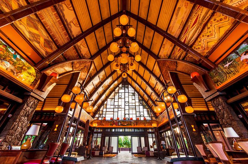 aulani-lobby-ceiling-hawaii.jpg