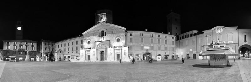 Piazza Prampolini (del Duomo) - Reggio Emilia, Italy - November 12, 2009
