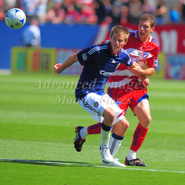 29, March 2009:  Chivas USA middle Jesse Marsch (Cap) #15 in action during the soccer game between FC Dallas & Chivas USA at the Pizza Hut Stadium in Frisco,TX. Chivas USA  beat FC Dallas 2-0.Manny Flores/Icon SMI