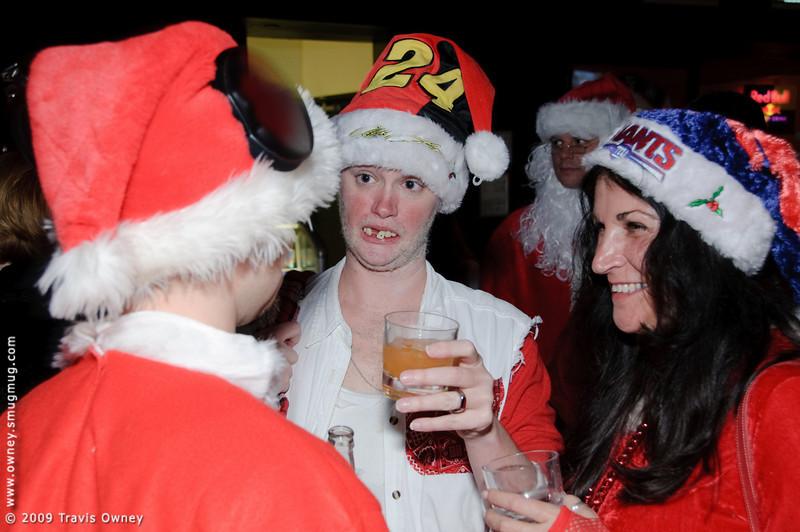 2009 ALS Santa Crawl-121.jpg