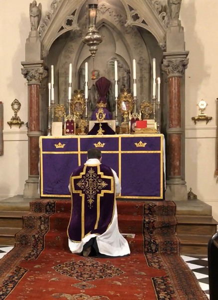 Passion Sunday devotions to Relic of St Sebastian