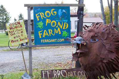 Frog Pond Farm Folk Art
