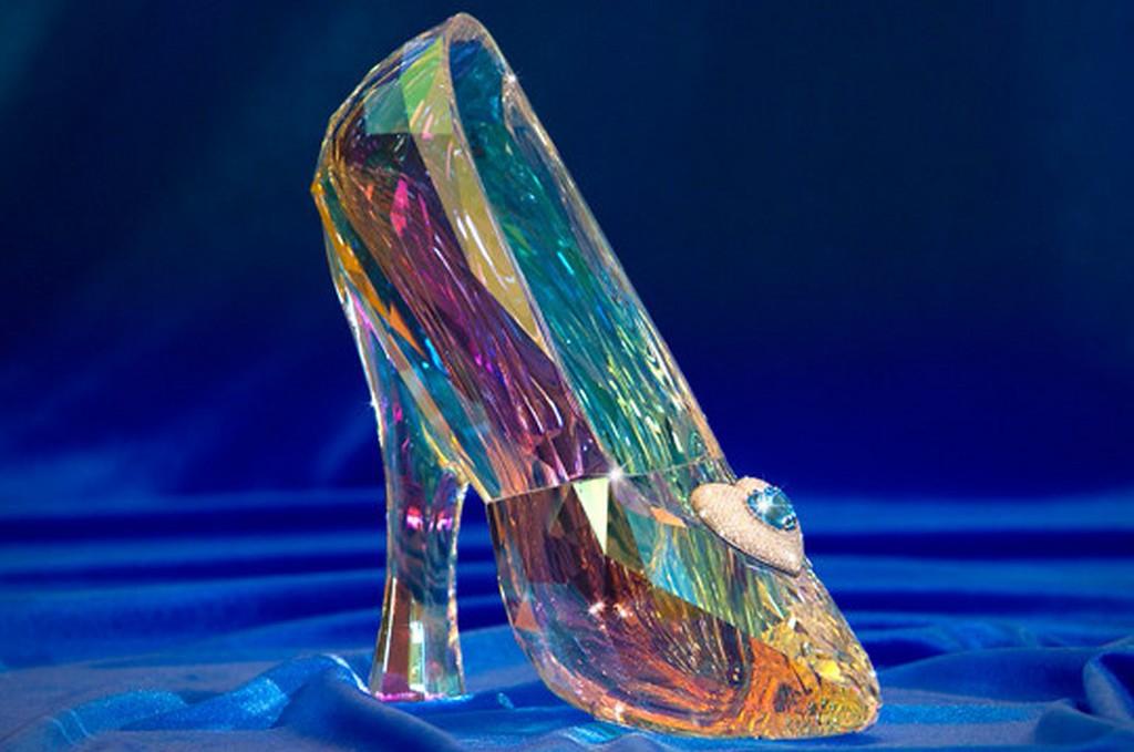 Free diamonds, Disneyland Dream Suite stays and more for #DisneyDiamondDays sweeps