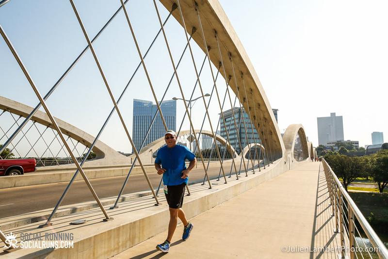 Fort Worth-Social Running_917-0378.jpg