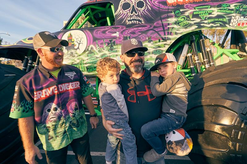 Grossmont Center Monster Jam Truck 2019 118.jpg