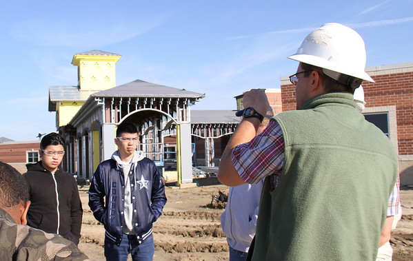 Construction Class tours Dr. Antonio Bañuelos Elementary