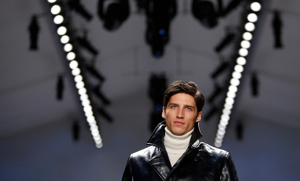 . A model presents a creation of Nautica during the Fall 2013 show at New York Fashion Week in New York, February 8, 2013.  REUTERS/Carlo Allegri
