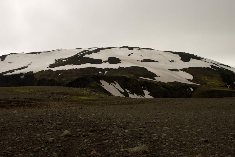 Heljarkambur og Brattafönn séð af Morinsheiði