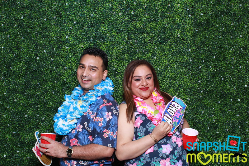 03-30-2019 - Karen and Natasha's Aloha 40th Birthday Bash_033.JPG