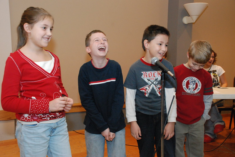 2008-12-20-Christmas-Pageant-Rehearsal_027.jpg