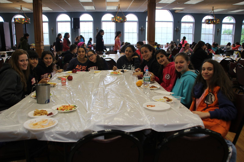 kars4kids_thezone_camp_GirlDivsion_DinningRoom (203).JPG
