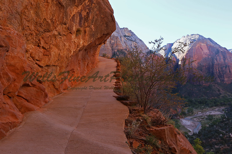 Overhung rock on path up Angel's Landing.jpg